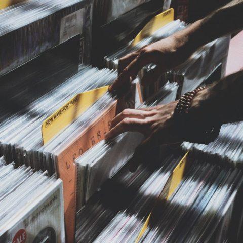 Duplica venta de vinilos a la de CDs por primera vez desde los 80