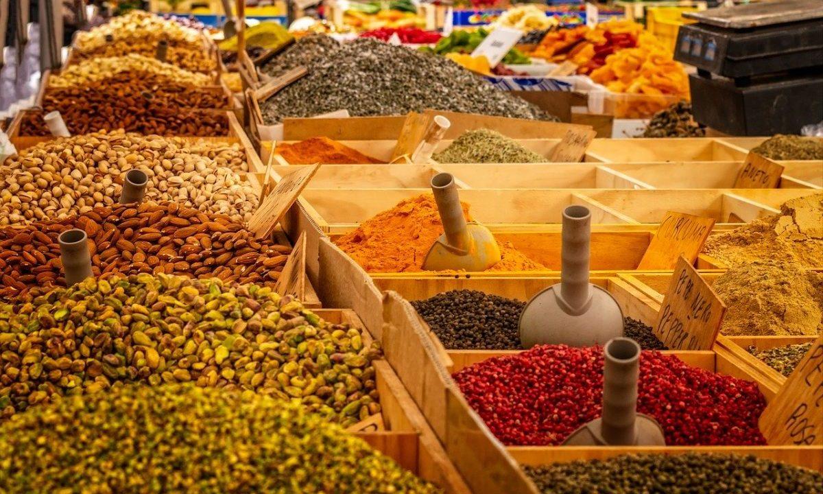 Inflación sube a 4.05% en agosto y rompe el techo objetivo de Banxico: Inegi