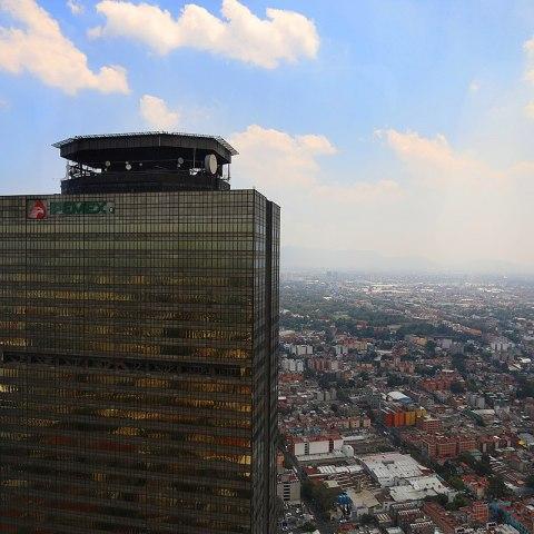 Pemex, principal riesgo fiscal para México: Standard & Poor's