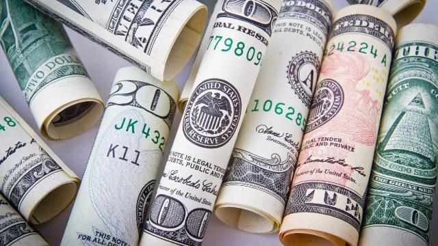 Cierre del precio del dólar