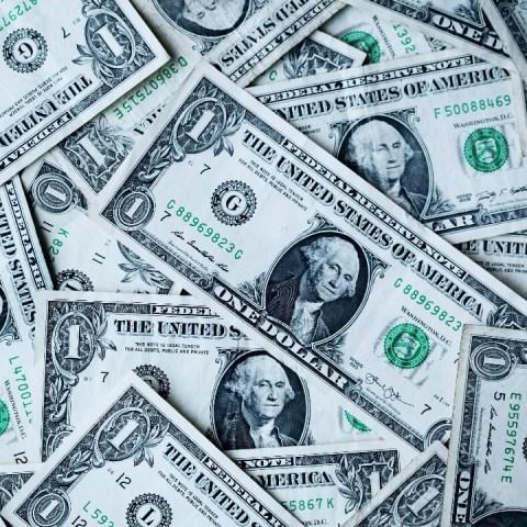 El precio del dólar hoy al cierre 30 de octubre de 2020 en México
