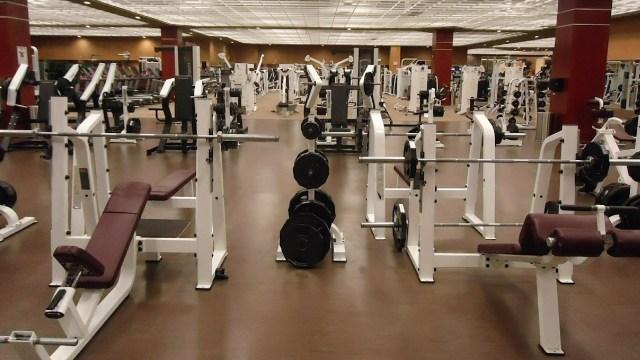 Gobierno de la CDMX amplía horario de gimnasios y deportivos cerrados