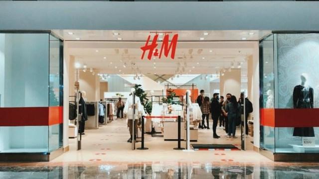 H&M planea cerrar 350 tiendas por la pandemia