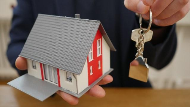 Infonavit facilitará créditos a trabajadores inactivos para que puedan obtener las llaves de su casa