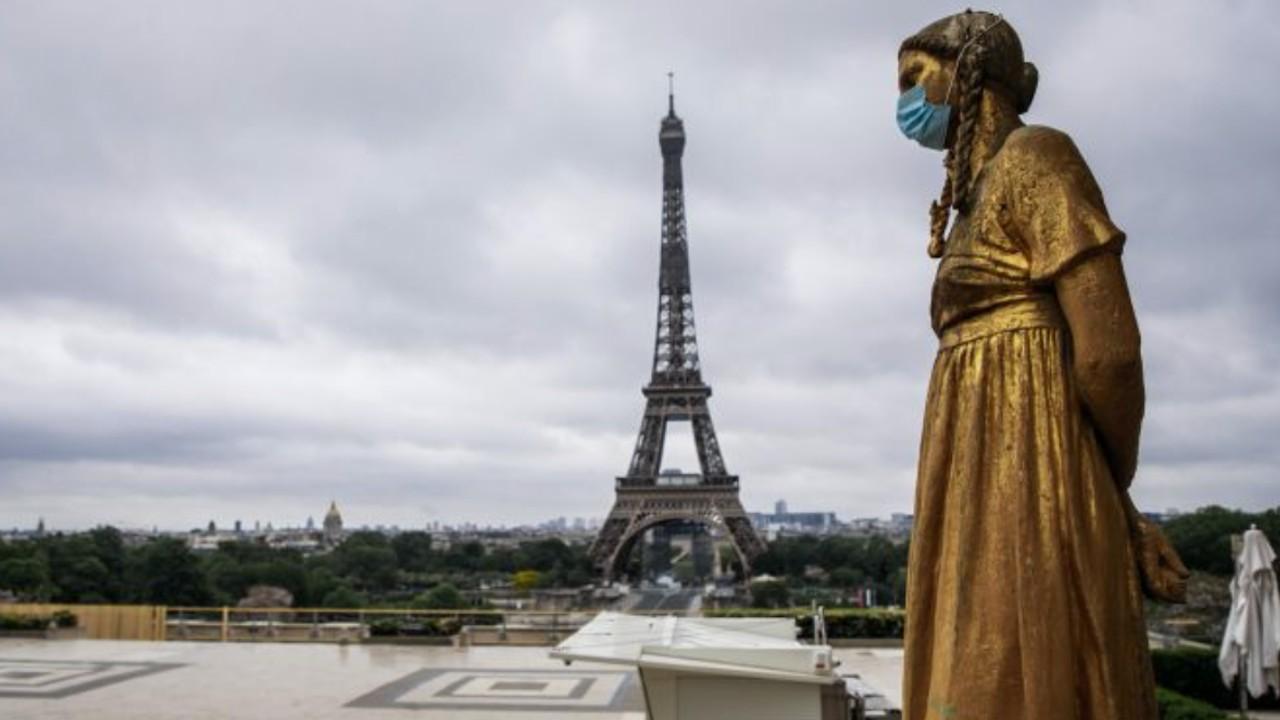 Promete el gobierno de Francia ayuda a negocios (Imagen: Twitter @DDNewslive