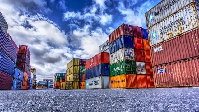 Registra México superávit comercial por 4 mil 385 mdd en septiembre: Inegi