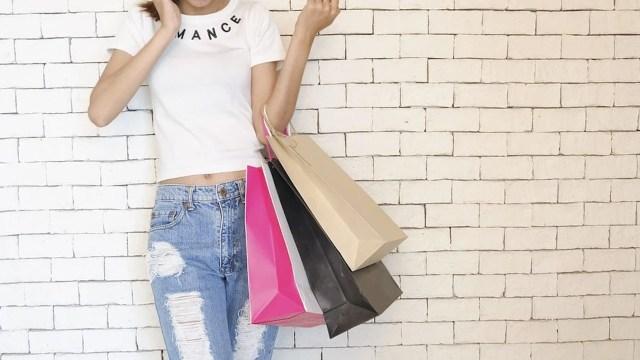 Compras compulsivas y gastar el dinero en lo que no debemos (Imagen:pixabay)