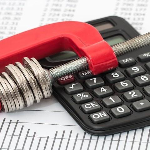 Ahorrar dinero, liquidar deudas