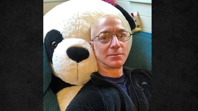 El dueño de Amazon Jeff Bezos continúa como el hombre más rico del mundo (Imagen: Instagram jeffbezos)