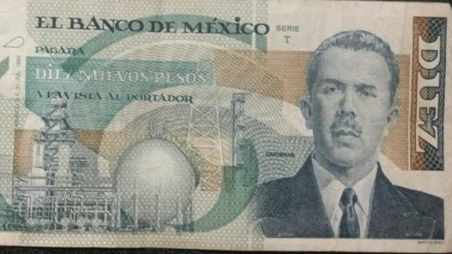 Este billete de Lázaro Cárdenas que se adaptaron como diez Nuevos Pesos se cotizan en 600 pesos