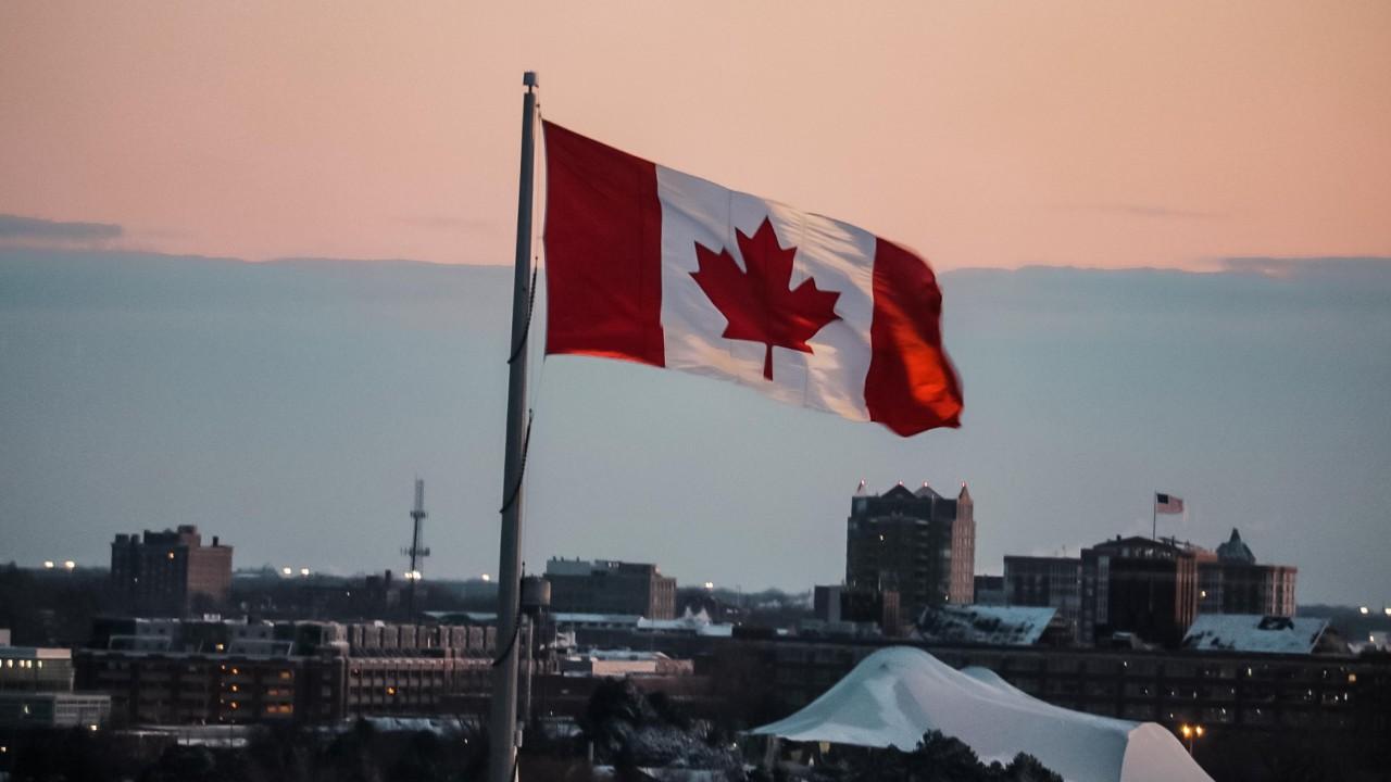 Canadá busca más de 400 mil inmigrantes que busquen trabajo