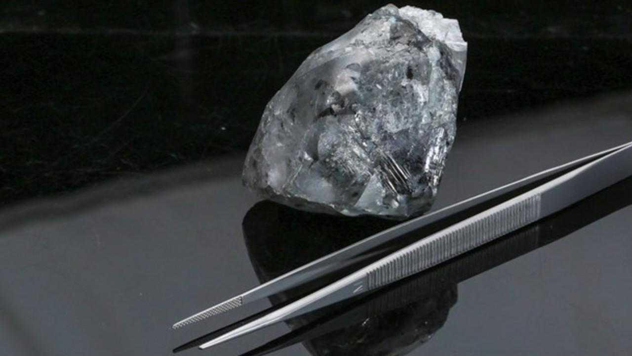 Descubren diamante en Botsuana, uno de los más grandes del mundo