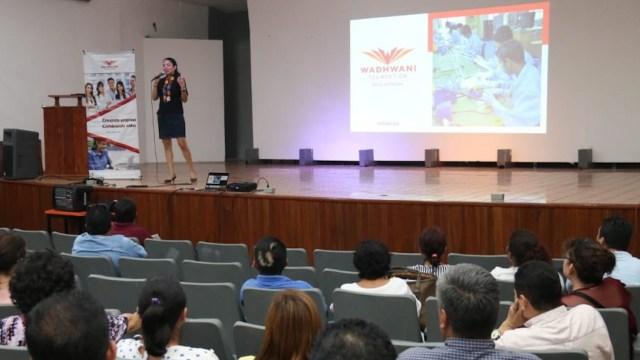 Emprendedores en México serían beneficiados por la fundación Wadhwani (Imagen: Twitter @CobatabJoven)