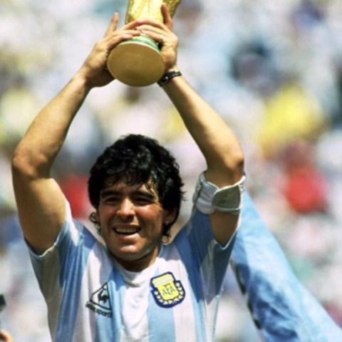 Fortuna del exfutbolista argentino, Diego Armando Maradona (Imagen: @football_nerds)