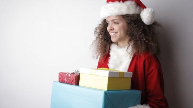 Dudas comunes de aguinaldo al acercarse Navidad en empresas (Imagen: pexels)