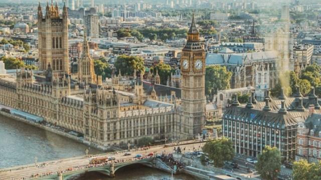Reino Unido prohibirá venta de autos de gasolina en 2030 (Imagen: pexels)