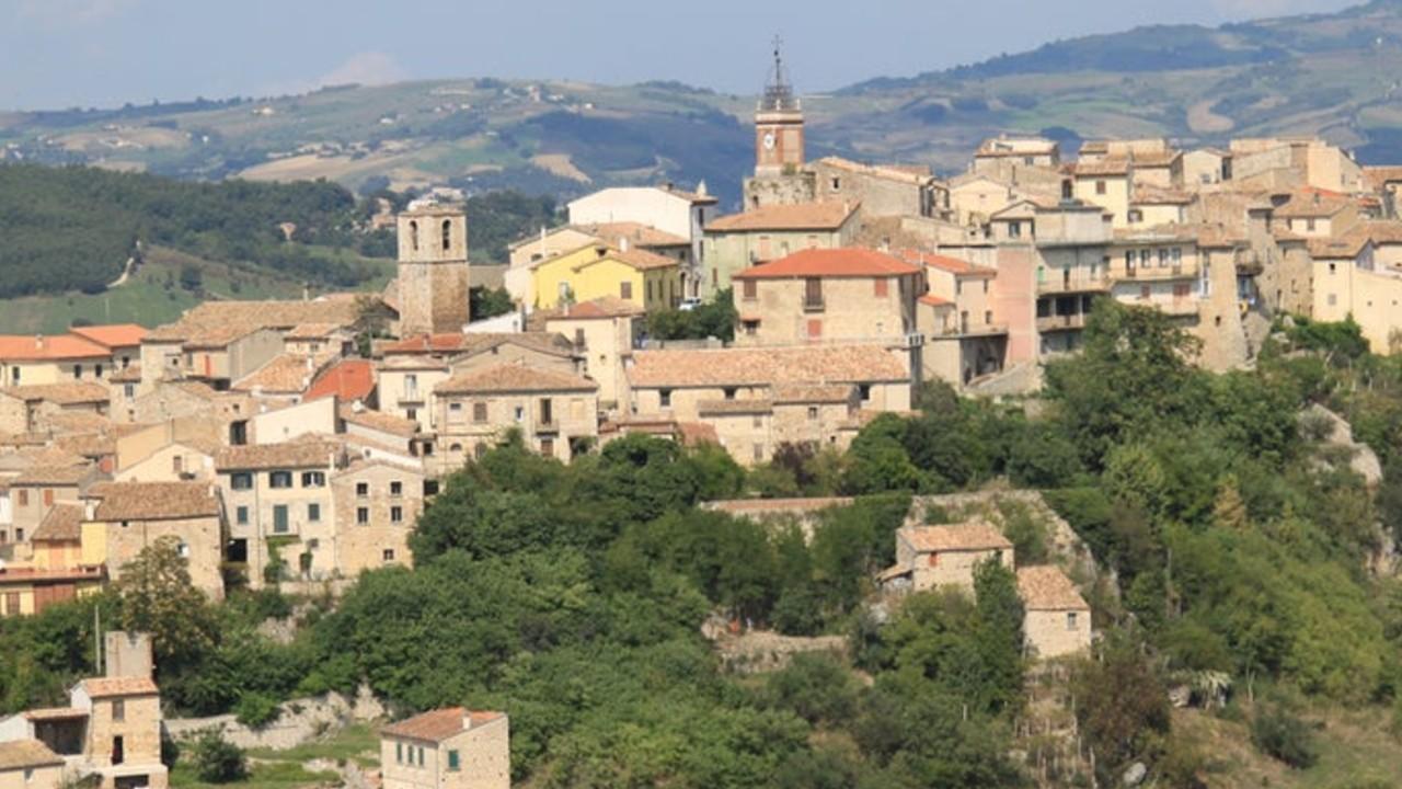 Castropignano, pueblo de Italia, ofrece casas en venta en un euro