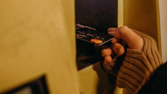Límites de las tarjetas bancarias (Imagen: pexels)