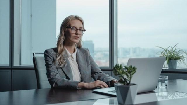 Mujeres líderes en empresas (Imagen: pexels)