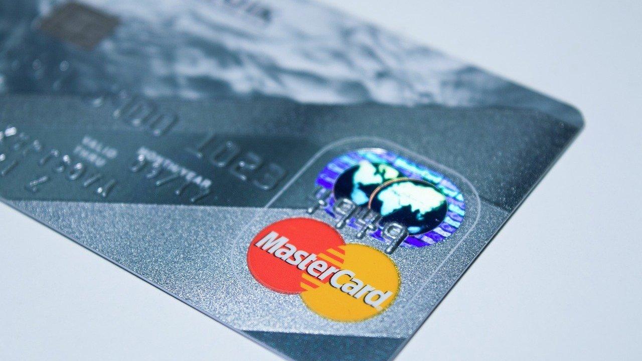 ¿Por qué MasterCard rompió relaciones con PornHub?