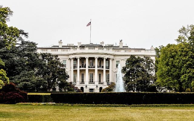 El precio del dólar se vio influido por el cambio de líder en la Casa Blanca
