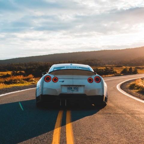 Arrancar coche y gastar gasolina (Imagen: Unsplash)