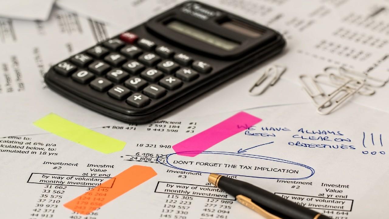 Cuáles son los gastos de salud que puedo deducir de impuestos según el SAT