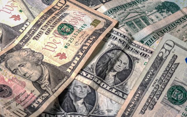 El dólar ganó terreno sobre el peso mexicano