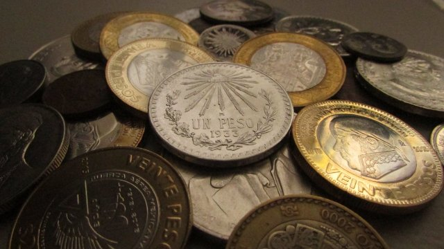 Moneda de 100 pesos se vende en 18 mil pesos