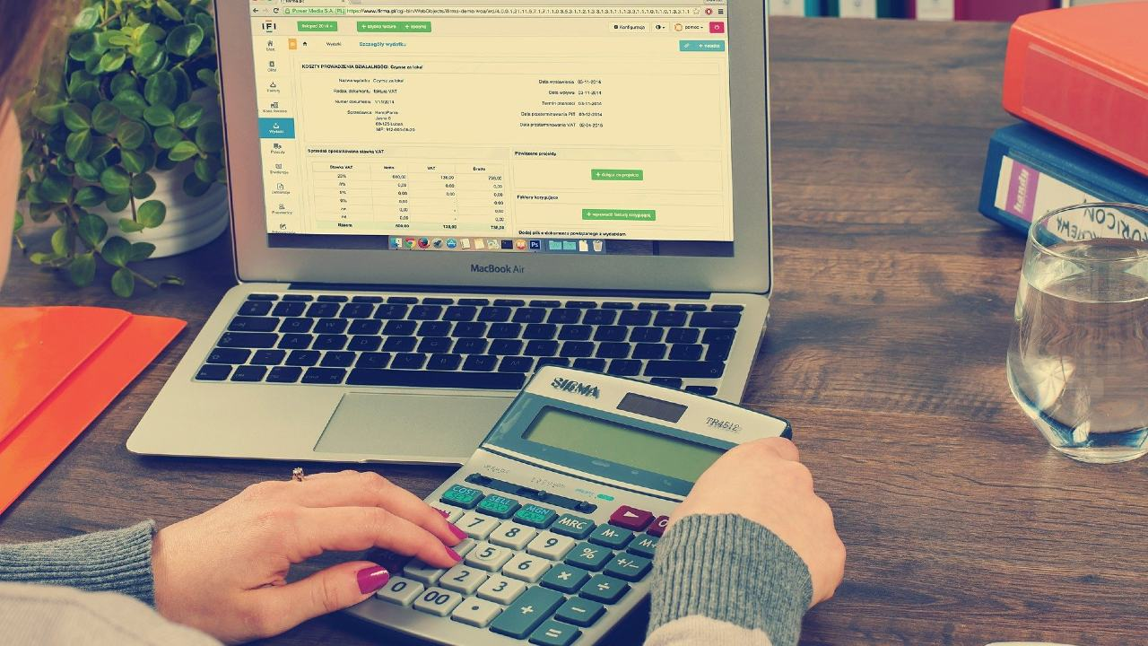 SAT regresará saldo a favor a quienes hagan declaración anual de impuestos primero