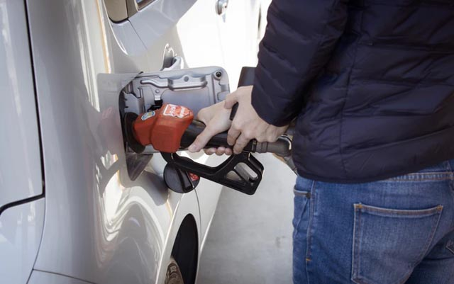 Ahorra gasolina al cargar gasolina