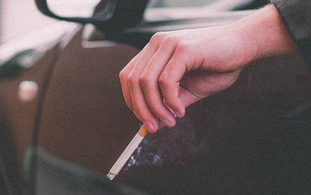 Propuesta para no fumar en autos