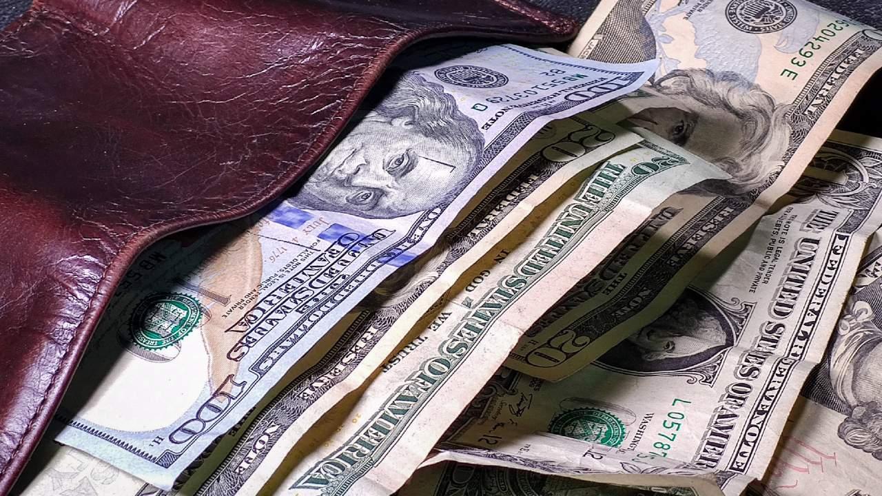 El precio del dólar hoy al cierre 06 de abril de 2021 en México