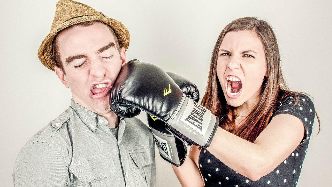 Evita deudas en pareja y sigue estos consejos para organizar sus finanzas