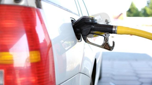 Si quieres gastar menos gasolina checa estos trucos