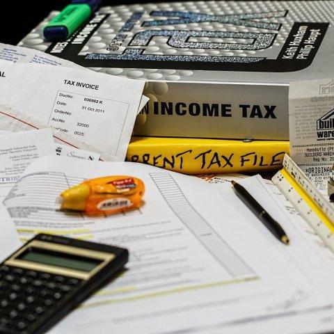 Consejos para evitar gastar más de lo que ganas
