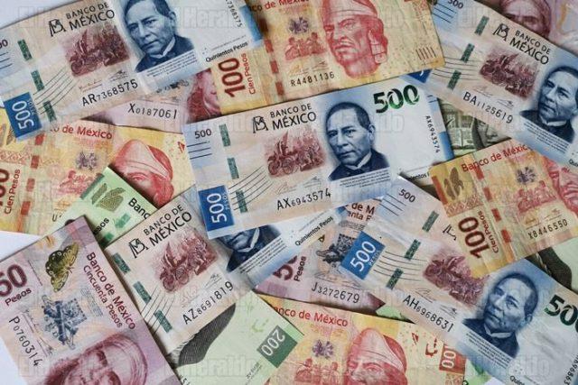 SHCP: Ingresos presupuestarios superan los 2 billones de pesos en abril