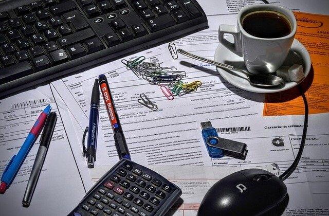 Recuerda llevar en orden las facturas, ingresos y gastos