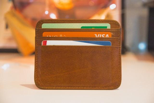 ¿Cómo puedo obtener una tarjeta de crédito para estudiante?