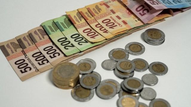 dónde cambiar monedas por billetes