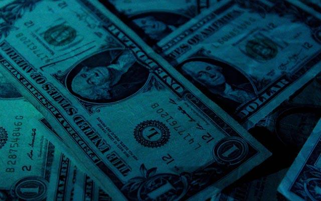 Checa a cuánto está el dólar