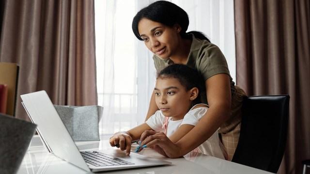 """""""Retorno Seguro"""" es el curso en línea de la SEP para que el regreso a clases sea lo más seguro posible"""