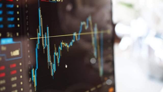 4 aplicaciones para invertir y diversificar tu dinero