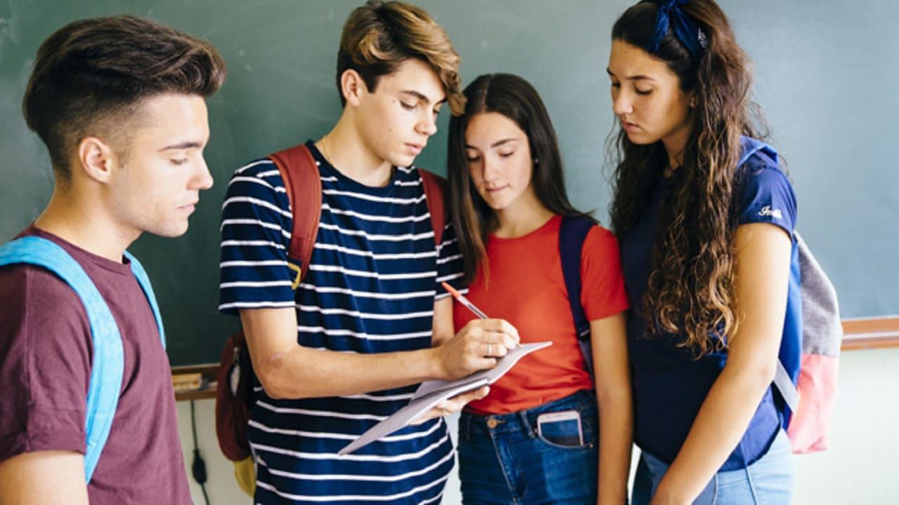 SEDA College otorgará 100 becas a estudiantes mexicanos interesados en irse de intercambio a Dublín