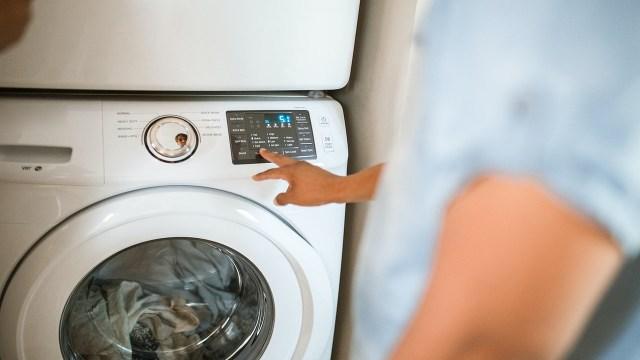 Si quieres ahorrar en tu recibo de luz, elige comprar electrodomésticos con sello de eficiencia energética