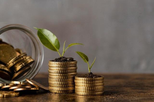 Las frases para motivarte a ahorrar dinero retoman la importancia de la inversión y la planificación de gastos