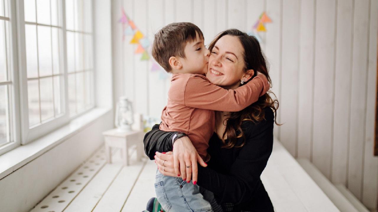 Se otorgará un apoyo de mil 600 peso a madres solteras con niños que tengan entre uno y cuatro años