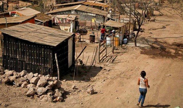 Coneval: Crece pobreza en México de 41.9% en 2018 a 43.9% en 2020