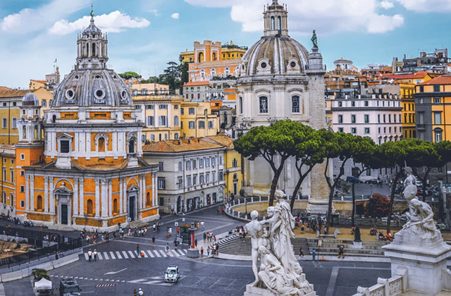 Roma prohíbe autos