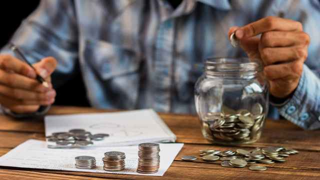 Ahorro de mexicanos en Afore alcanza los 5 billones de pesos, máximo histórico